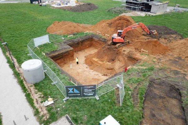 Vue aérienne d'une future construction de maison